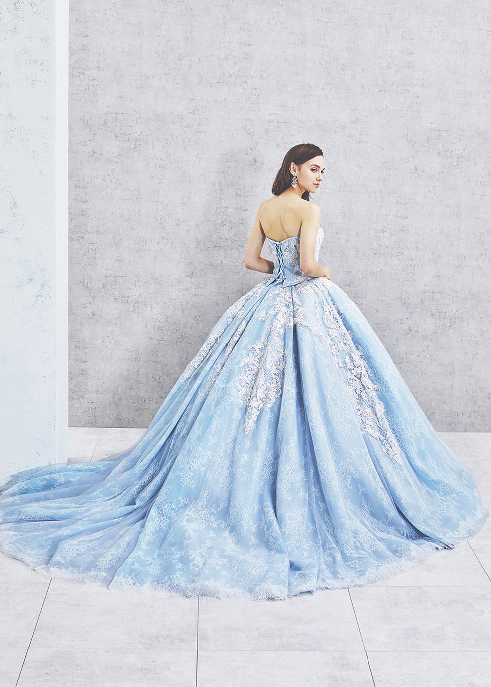 青・ブルーのウエディングドレス