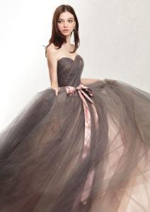 上品ウェディングドレス